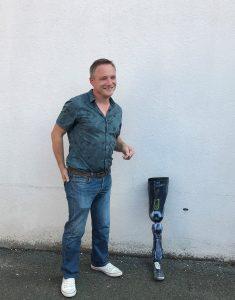 Ludovic reçoit sa prothèse de génération Avant Garde